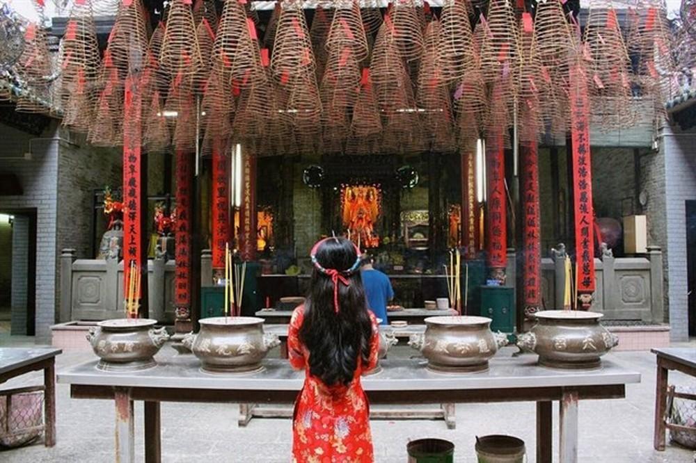 Mơ thấy đi chùa là điềm báo gì – Nên đánh lô đề con gì?