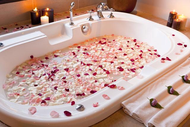 Mơ thấy cánh hoa hồng đánh con gì may mắn nhất ?