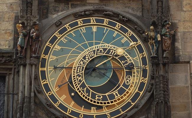 Nằm mơ thấy trộm đồng hồ có ý nghĩa gì? Nên đánh con gì?